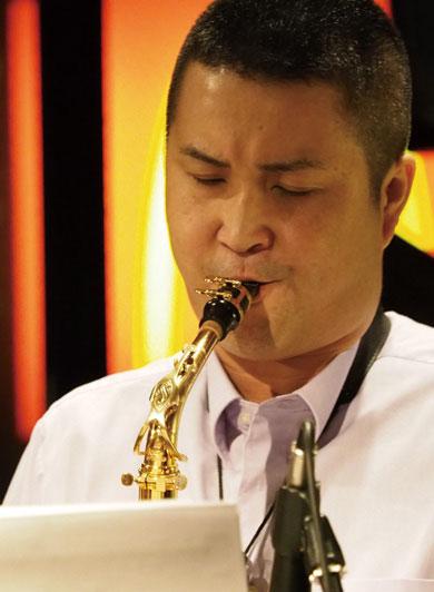 サックス奏者、作編曲家、プロミュージシャン