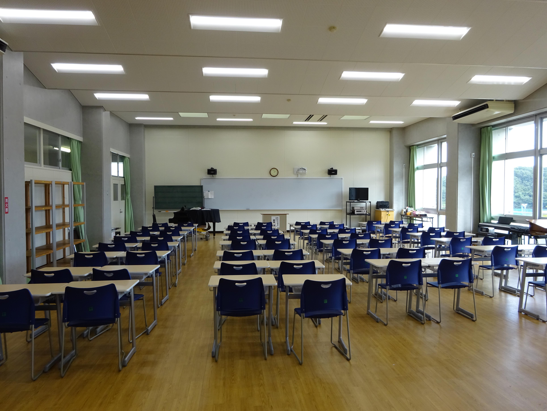 高校音楽室
